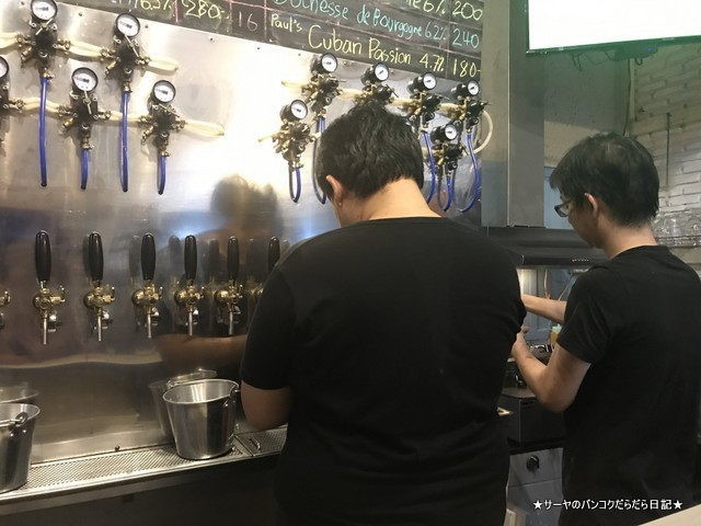 BaanBangkok local craft Beer Bar バンコク クラフトビール (3)