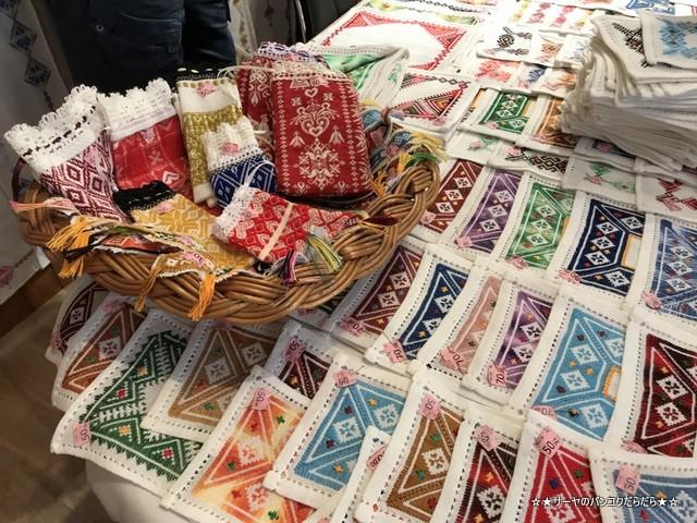 ドゥブロヴニク 日本語OK 土産 クロアチア刺繍 (1)