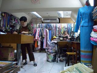 20060320 TOKYO DRESS 3
