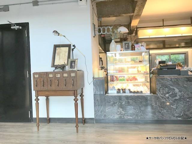 04 kurios cafe bangkok おしゃれ カフェ (8)