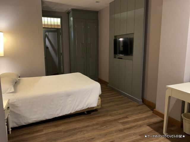 Royal Rattanakosin Hotel ロイヤルホテル バンコク (8)
