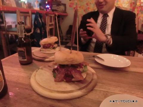 AMP Burger and Bar アーリー バンコク