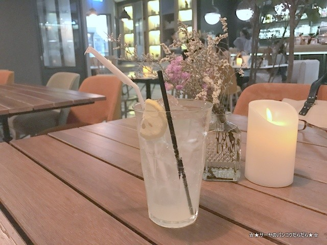 トンロー カフェ Bar Storia バンコク gourmet (4)
