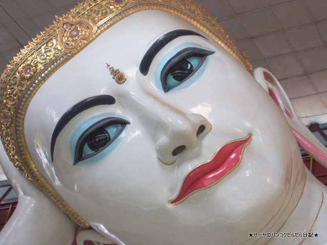 チャウッターヂー・パゴダ Chaukhtatgyi Paya 涅槃像