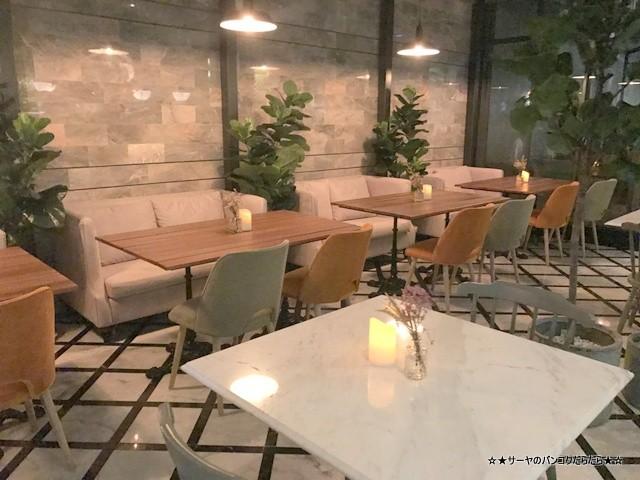 トンロー カフェ Bar Storia バンコク gourmet (2)