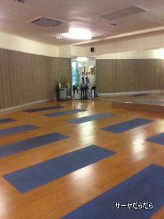 Holistic Yoga bangkok バンコク 4