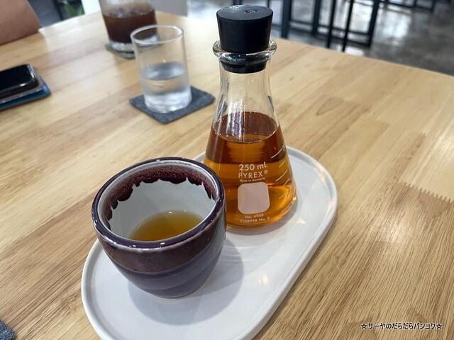 La Mesa Coffee Co バンコク カフェ ウドムスック (9)