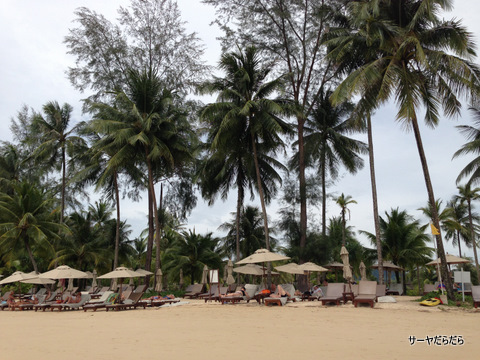 Le Meridien Khao Lak Beach & Spa Resort  4