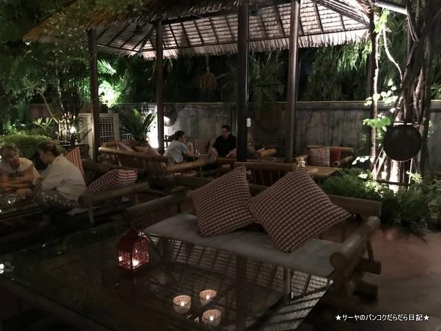 balee laos バリーラオス タイ料理 バンコク 店内