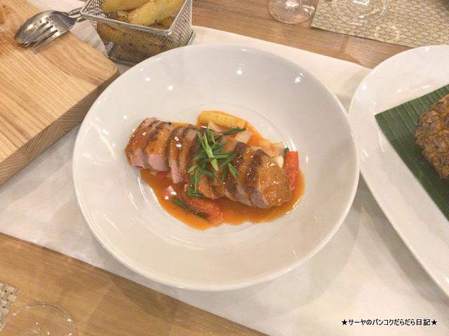 CELES HOTEL SAMUI DINNER  ディナー ゴージャス (6)