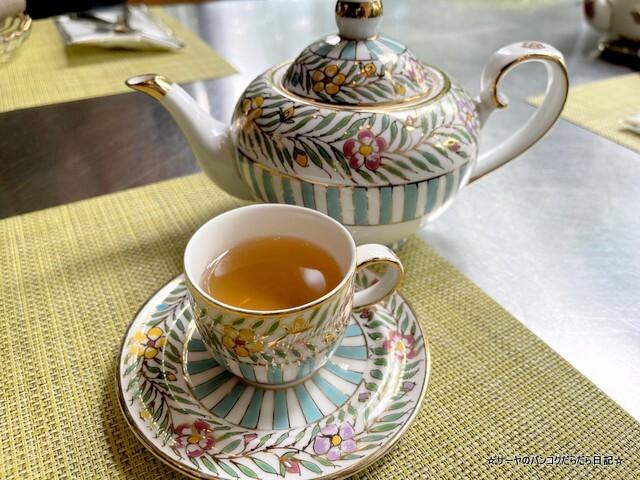 Indulgent 137 Pillars Classic Afternoon Tea (6)
