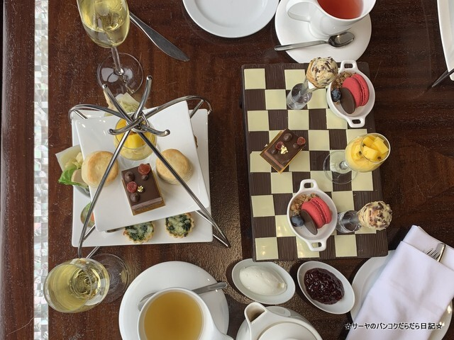AFTERNOON TEA AT FINISHING POST クラウンプラザバンコク (7)
