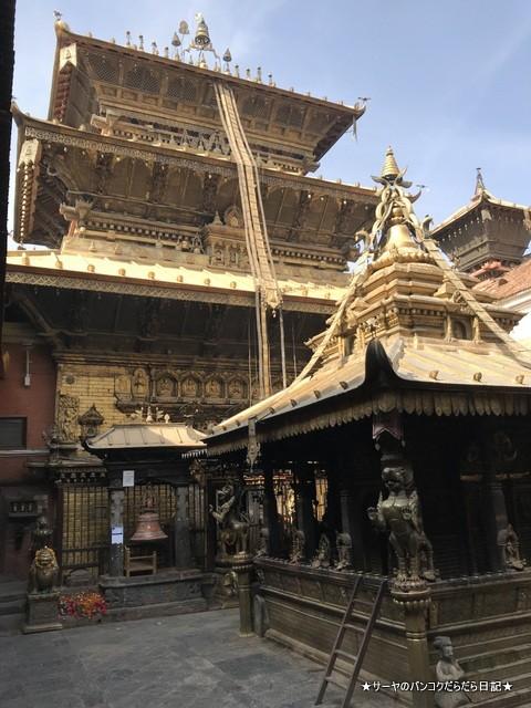 パタン ゴールドテンプル 金閣寺 ネパール (7)