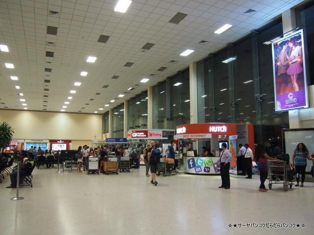 スリランカ 空港 コロンボ タクシー