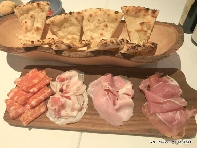 Pizza Massilia ピザマッシリア バンコク イタリアン coldcut