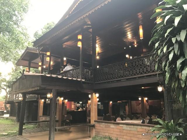 チェンライ レストラン Khrua Tok Tong (3)