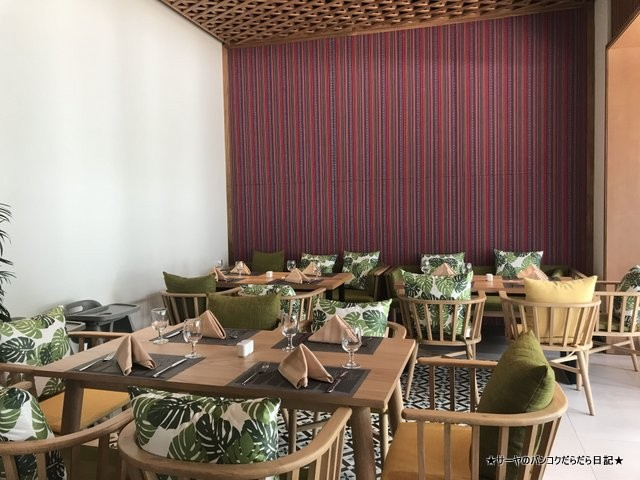 Palm Kitchen at Dusit Princess フーコック (3)