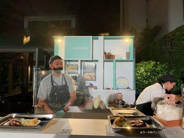 M-Live Food Market by Marriott bangkok (1)