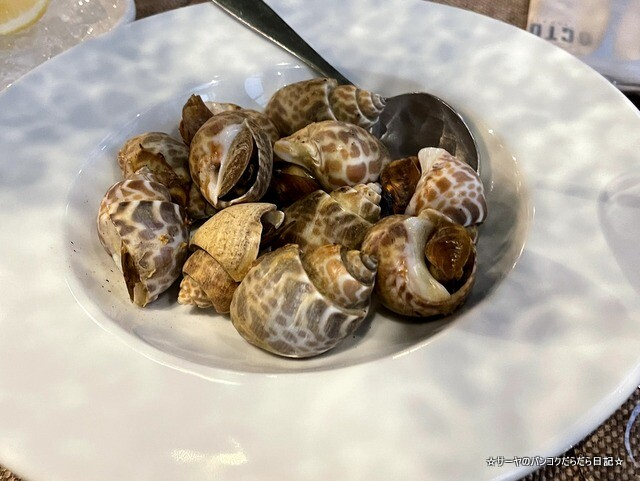 Octo Seafood Bar オクトシーフードバー  (8)