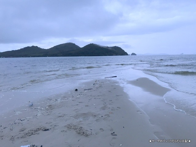 0 yaoyai phuket サンティヤ タイリゾート 海 (6)