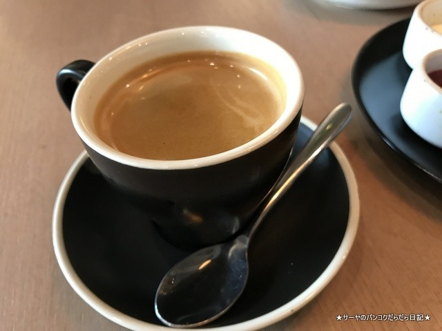 Patissez Bangkok バンコク カフェ インスタ プロンポン (5)