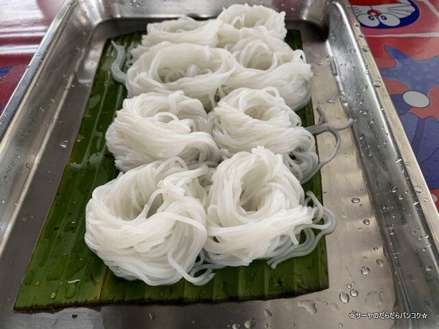 ルアンティープカノムジーンソット ハジャイ タイ料理 (9)