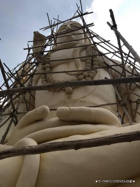 シヴァ寺にあるシヴァ神の像 shivoham shiva temple (17)