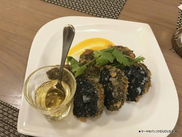 Khao Michelin タイ料理 バンコク エカマイ トートマン イカ