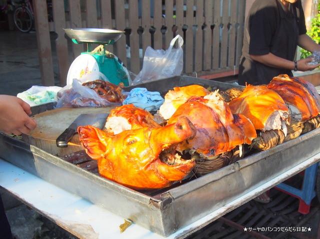 Sunday Vietnamese Market Samsen bangkok (3)
