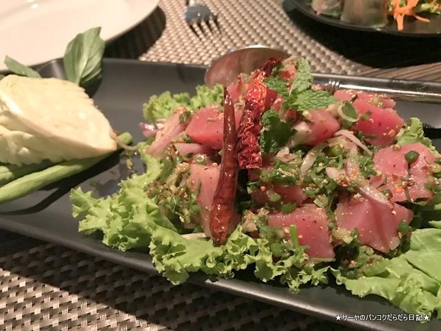 Ruen Urai (ルアンウライ) タイ料理 バンコク (5)