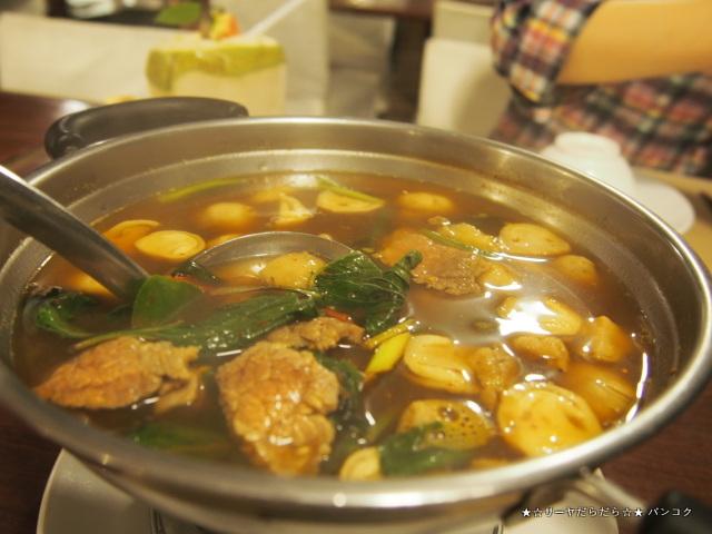 Venice Vanich タイ料理 バンコク カオサン サーヤ
