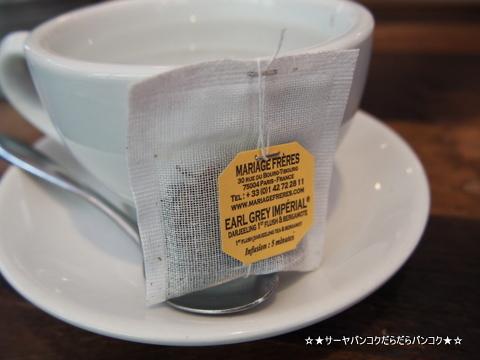 BOYY cafe バンコク トンロー