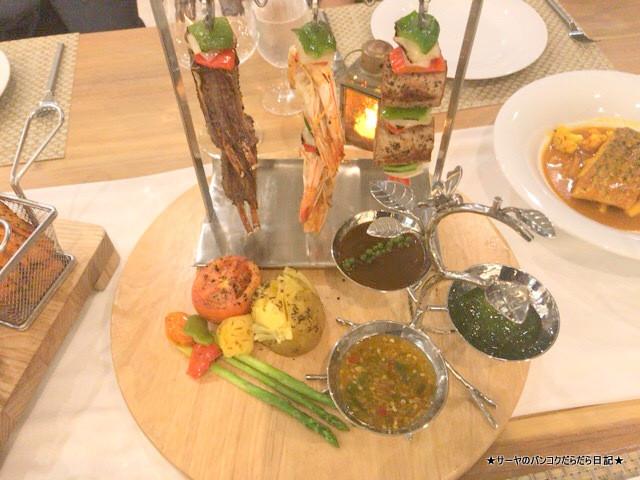 CELES HOTEL SAMUI DINNER  ディナー ゴージャス (3)