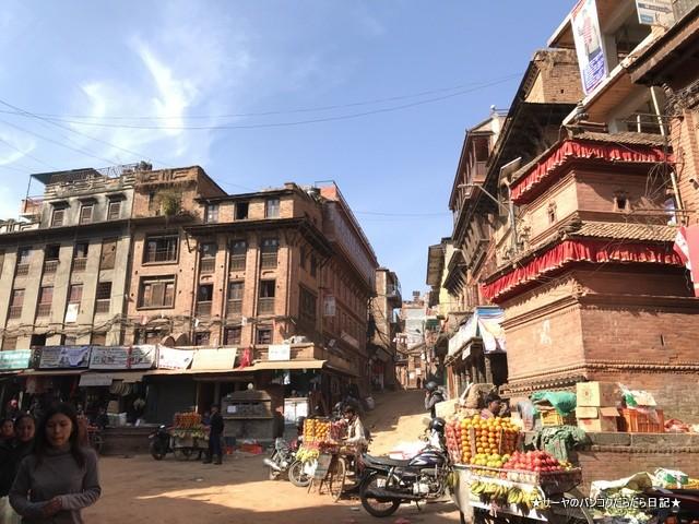 Bhaktapur バクタプル カトマンズ 世界遺産 王宮前広場 (34)