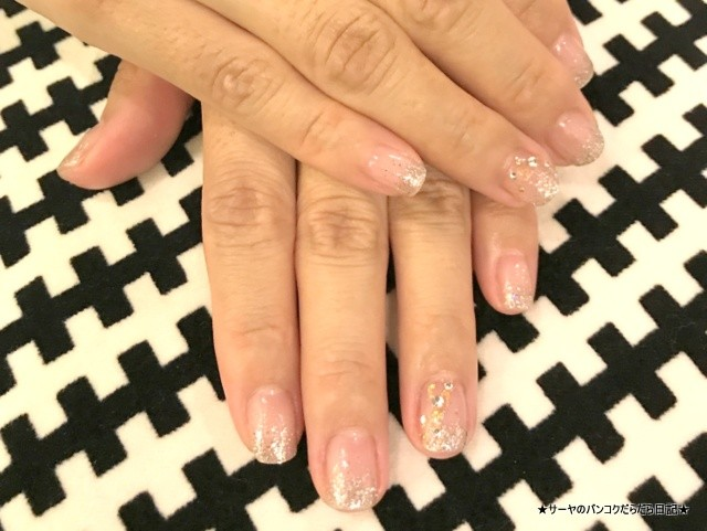 Cloudnine Nail Bar & Cafe バンコク ネイル (5)