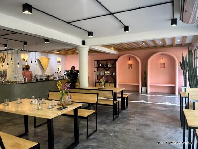 La Mesa Coffee Co バンコク カフェ ウドムスック (10)