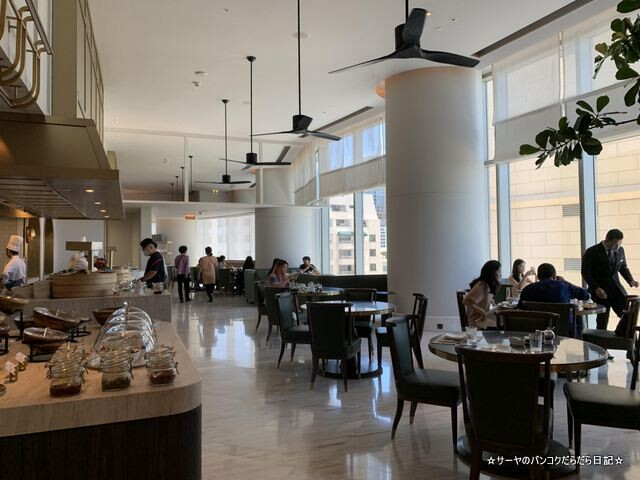 Breakfast  Waldorf Astoria Bangkok バンコク ウォドルフ (28)