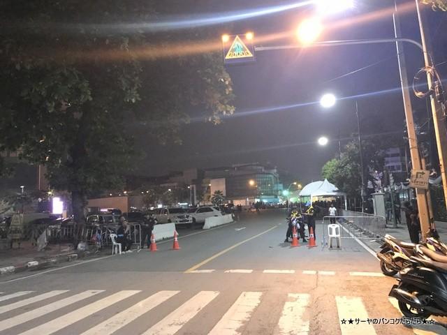 故プミポン前国王火葬式 マハラート通り (2)