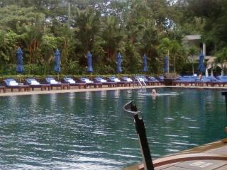 20081126 pool terrace 4