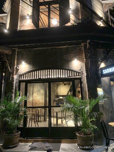 Sarnies Bangkok サーニーズ・バンコク (10)