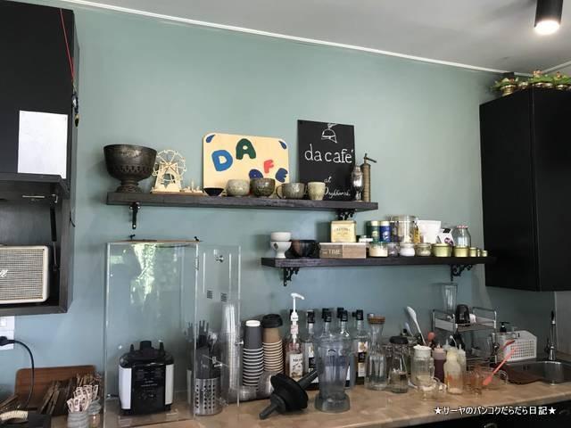 Baan Ongkharak Da cafe バンコク Dusit カフェ (3)