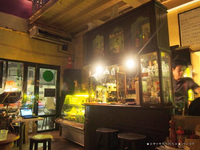 Dickinson's:Culture Cafe バンコク サーヤ カオサン