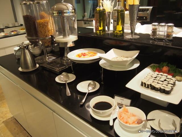 S15 Hotel Bangkok 便利 (23)
