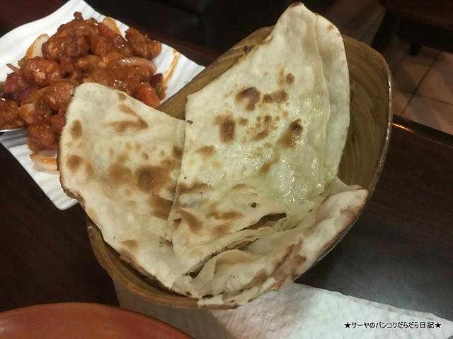 EVEREST KITCHEN BANGKOK ネパール料理 (8)