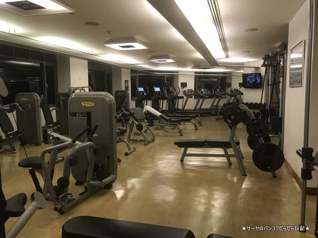Conrad Bangkok コンラッド バンコク ホテル fitness