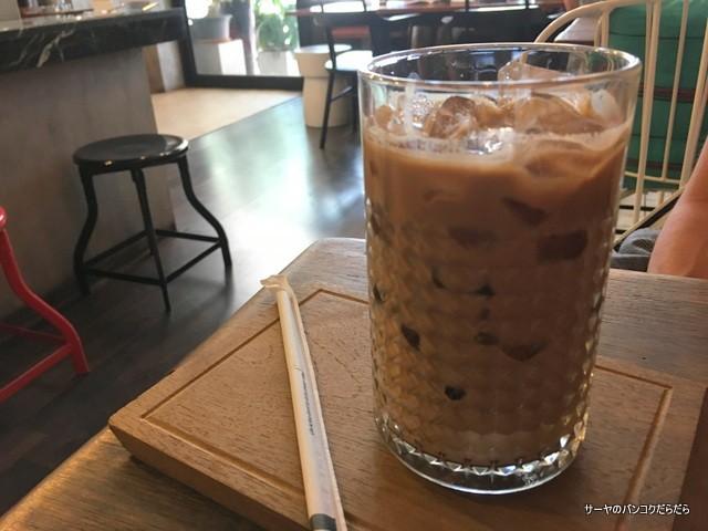 Amatissimo Caffe バンコク カフェ (2)