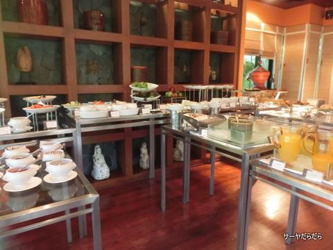 Le Meridien Khao Lak Beach and Spa Resort 9