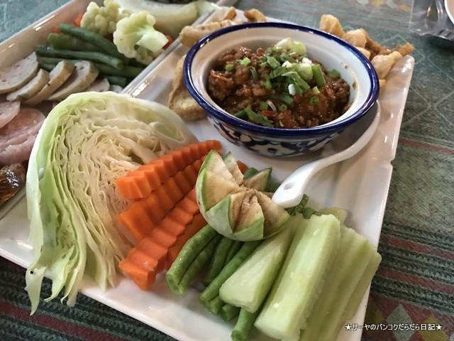 チェンライ レストラン Khrua Tok Tong (7)
