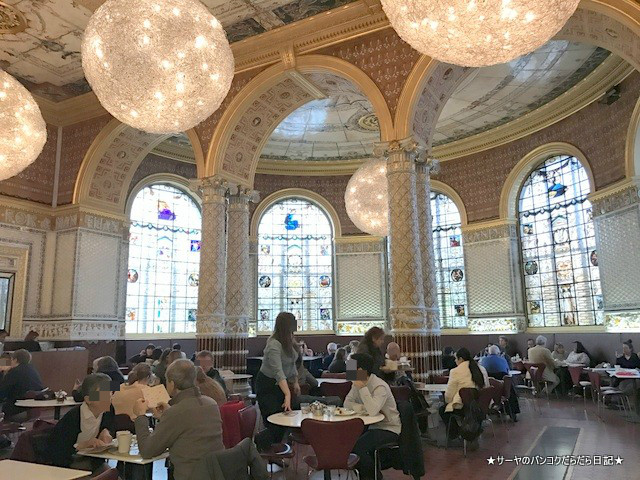 28 Victoria and Albert cafe ロンドン (2)