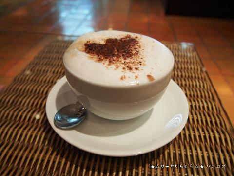 インペリアル クイーンズパーク カフェ